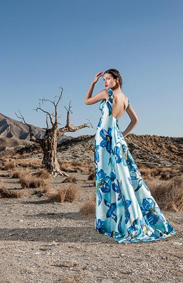 87d051f79 SiguienteSiguiente. Firma  Sonia Peña  Modelo  1170155. Consultar precio  del vestido  ← Volver al catálogo de fiesta