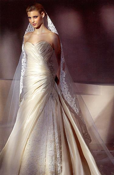 outlet vestidos de novia 490€. san patrick, pepe botella, higar